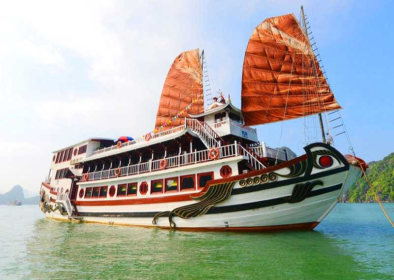 Halong Bay Review Of The Royal Palace Cruise Thrifty