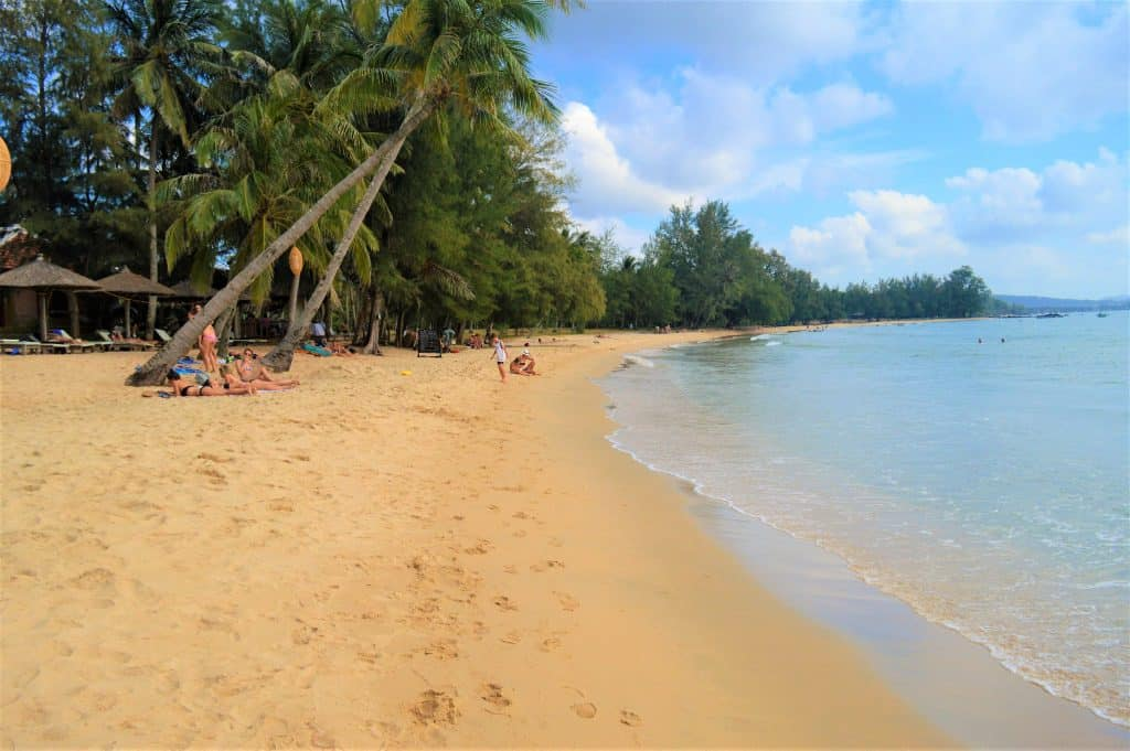Phu Quoc Beach Located North Of Duong Dong Town Ong Lang Is Very Similar To Long But Has Far Less Accommodation And Restaurant Options Making