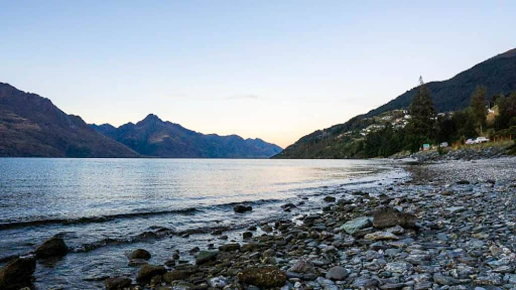 Lake Wakatipu: What to do in Queenstown with kids