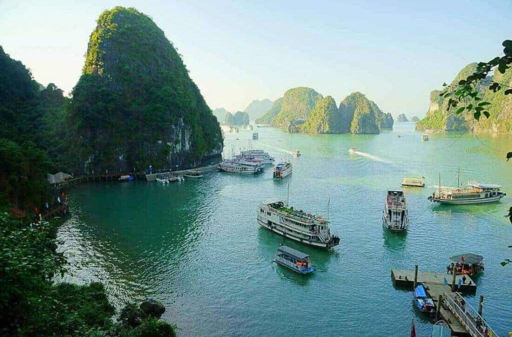 Top Tips for the Best Halong Bay Cruise for Family 2020